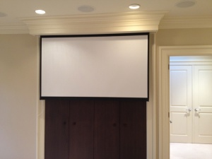 bedroom projector screen